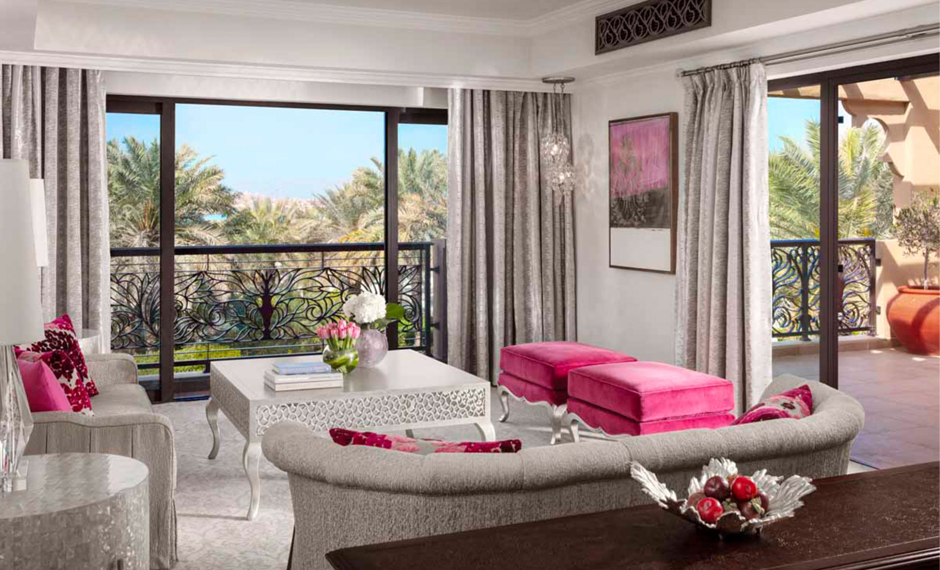 Arabian-Court-one-and-only-dubai-living-room